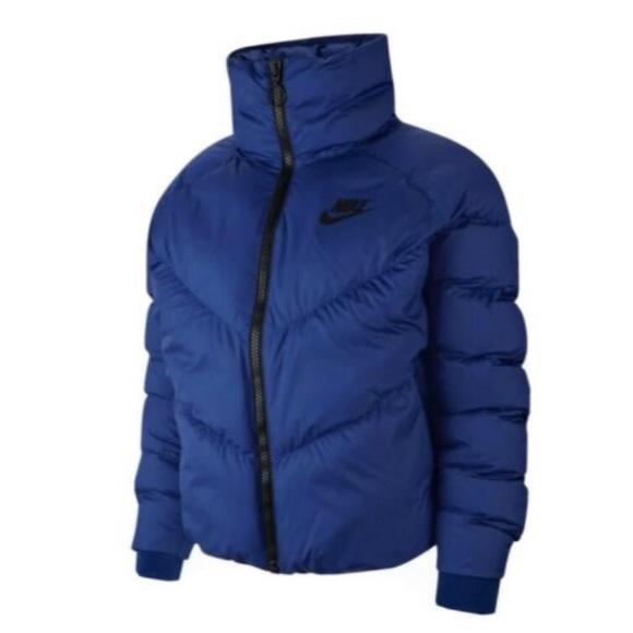 NWT Nike Synthetic Full Statement Puffer Jacket